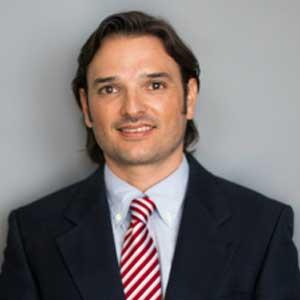 dr rodrigo garcia at dental coto clinic